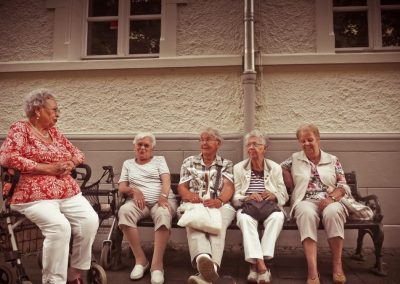 La reconnaissance sociale de la vieillesse et des ainés : la participation sociale au sein de villes-amies des ainés au Québec